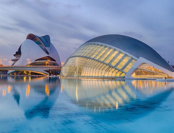 Ciudad de las Artes y las Ciencias, City of Arts and Sciences, Valencia, Espanja, Calatrava, arkkitehtuuri